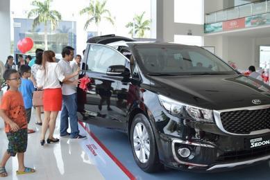 Kinh nghiệm lái ô tô mới và cách lái xe an toàn cho tài mới