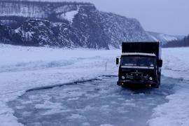 Hành trình 12 tấn hàng tới Bắc Cực cùng KAMAZ