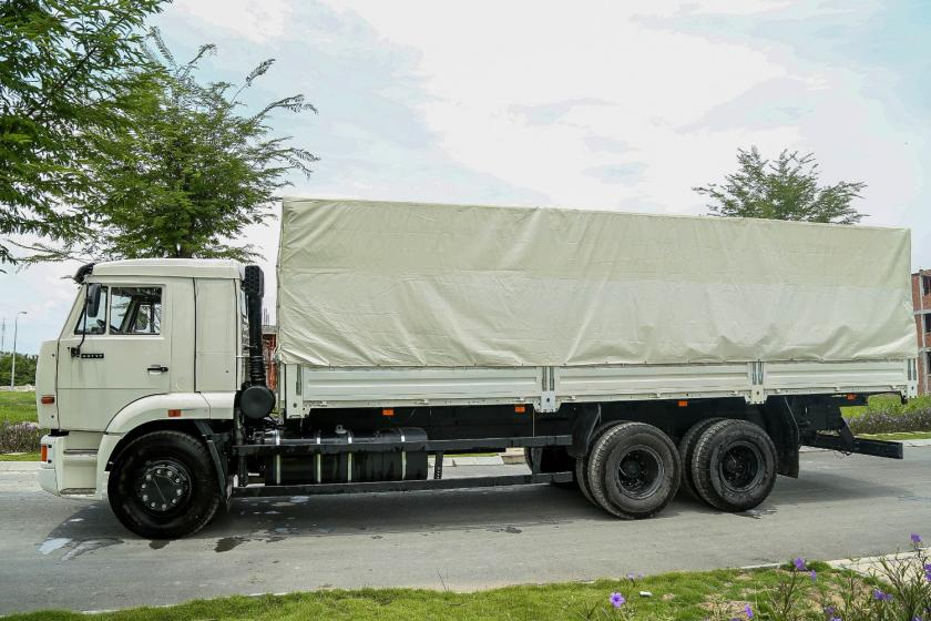 XE TẢI THÙNG KAMAZ 65117 (6x4)